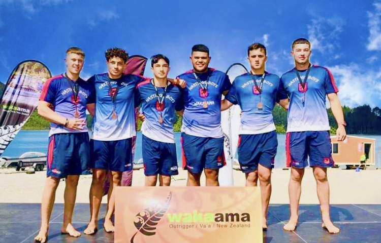 Bronze for HBHS waka ama crew