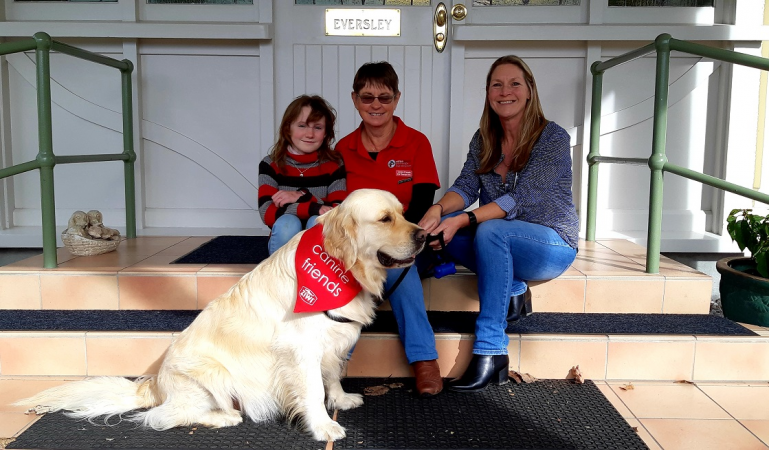 Canine Friends Pet Therapy share the love with those who need it most