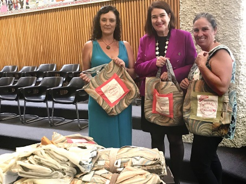 Council curtains recycled into Boomerang Bags