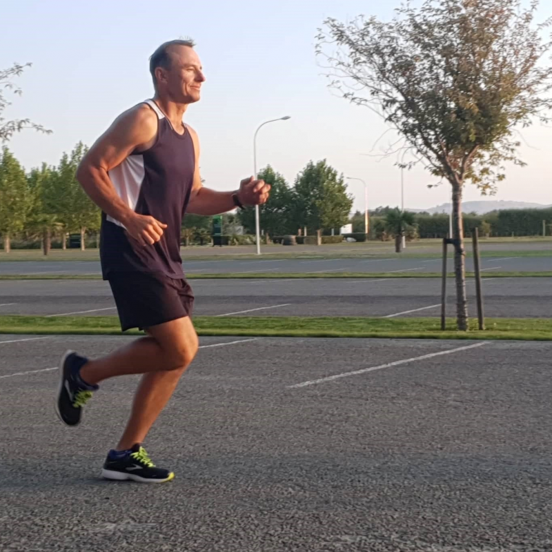 EIT tutor to run 20 hours non-stop for charity