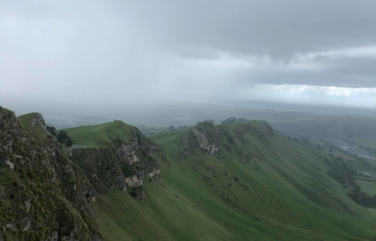 Emergency services rescue paraglider trapped on Te Mata Peak
