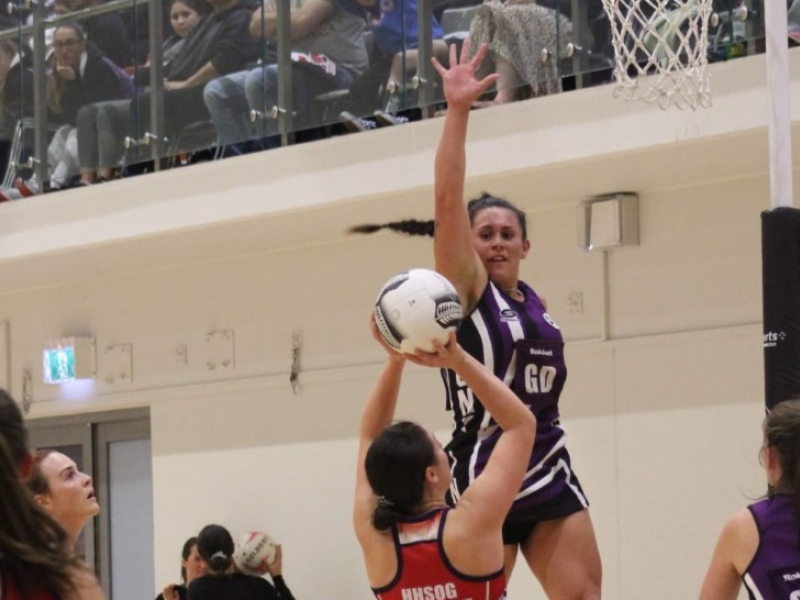 Gisborne pair thrive in Hawke's Bay's Super 8 netball comp