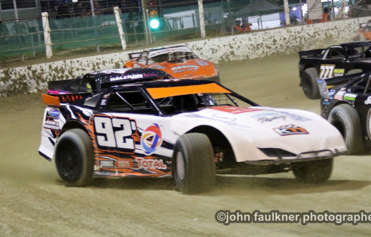 Martin keeps Bay saloon championship title in family