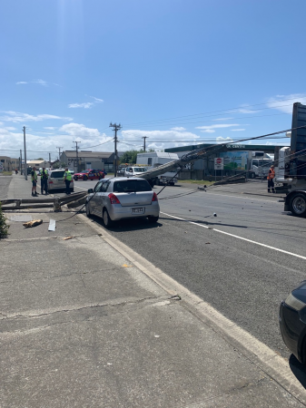 Power outage for parts of Napier after truck collides with power poles
