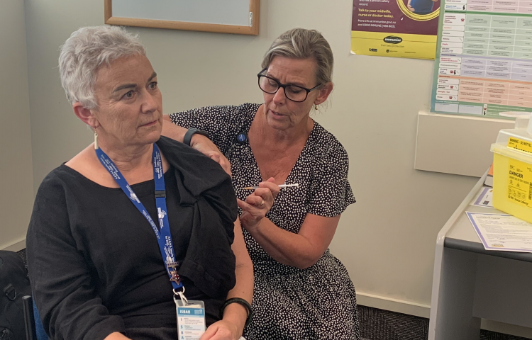 """Public Health Nurse """"privileged"""" to be first vaccinated against Covid-19 in Hawke's Bay"""