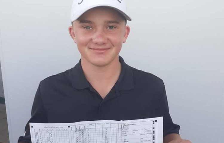 Teen equals Napier Golf Club record