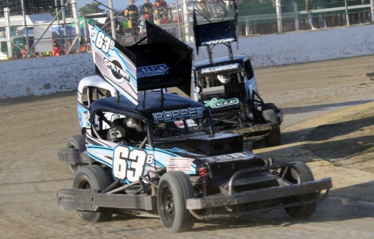 Three Bay drivers book crack at national title