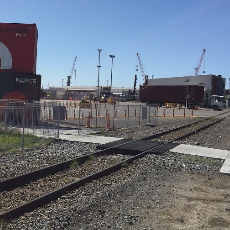 Traffic lights turned on at Napier Port gate tomorrow