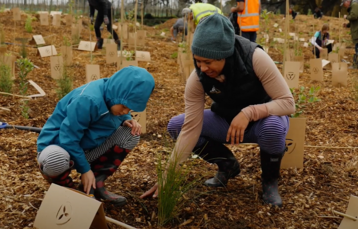 VIDEO: Public Planting day Attracts Crowds to Help Clean Up the Karamū Stream