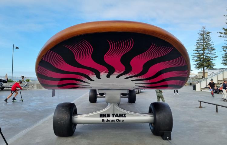VIDEO: Supersized skateboard rolls into Napier
