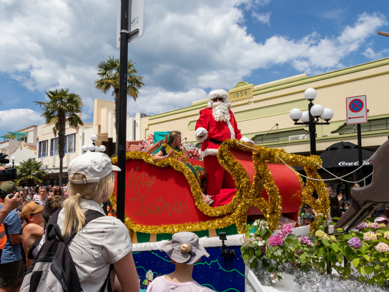 WATCH LIVE: Harcourts Christmas Parade 2020